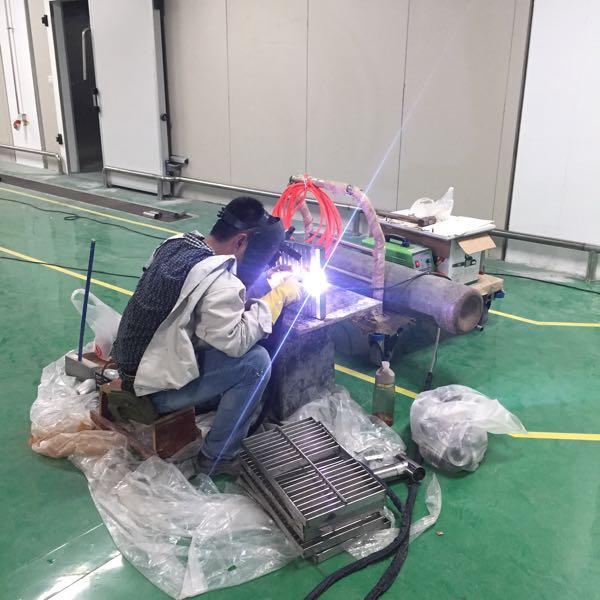 来自杨其红发布的商务合作信息:净化车间设计施工一体化... - 厦门市宏国机电设备有限公司