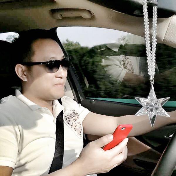王博 最新采购和商业信息