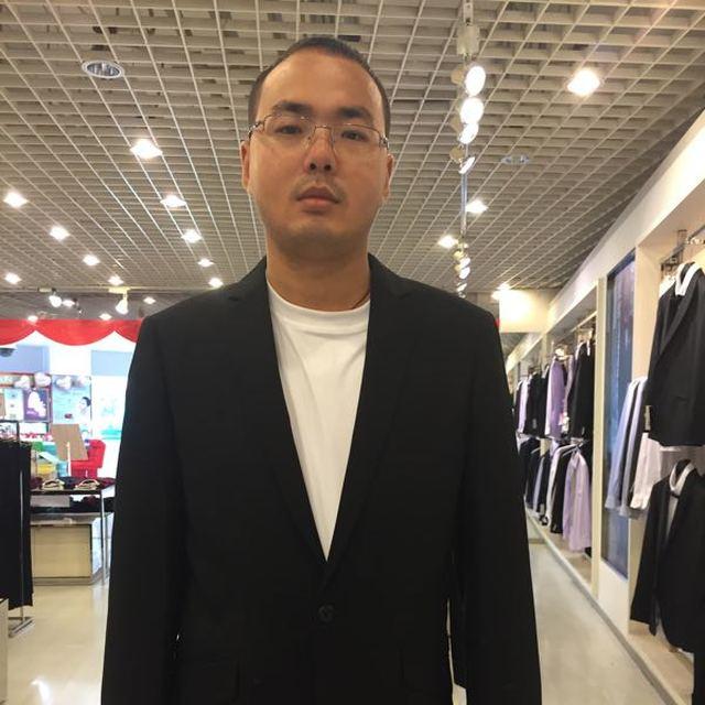 蒋志龙 最新采购和商业信息