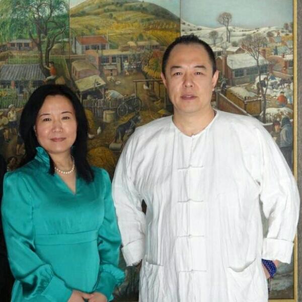 高铭鴻 最新采购和商业信息