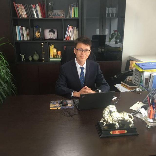 李龙臣 最新采购和商业信息