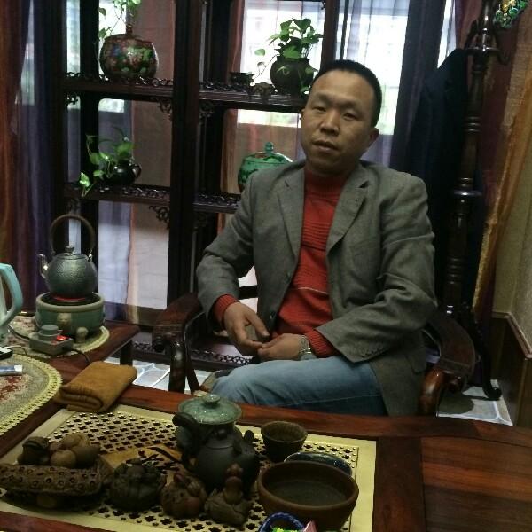 杨伟 最新采购和商业信息