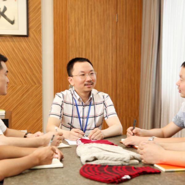 刘鹏飞 最新采购和商业信息