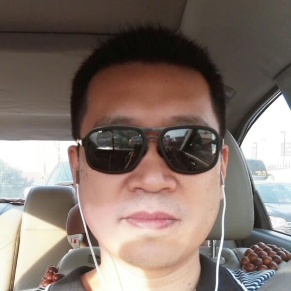黄庆 最新采购和商业信息