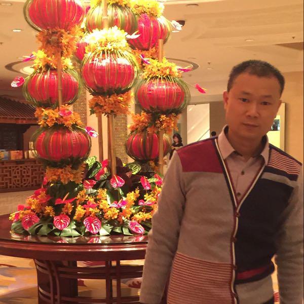 楊春 最新采购和商业信息