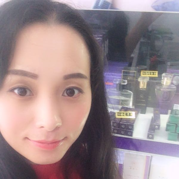 胡晓姣 最新采购和商业信息