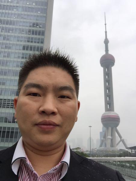 隆贤亮 最新采购和商业信息