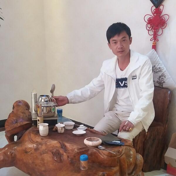 吕东华 最新采购和商业信息