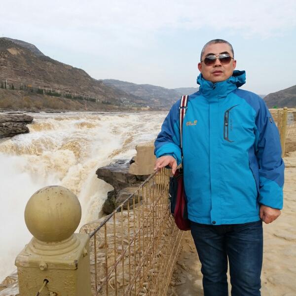 杨景山 最新采购和商业信息