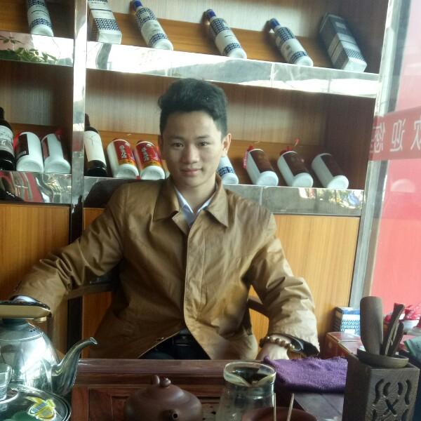 李东威 最新采购和商业信息