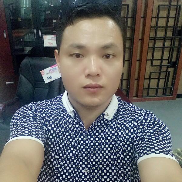 刘龙龙 最新采购和商业信息