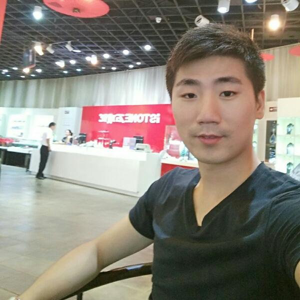 王小刚 最新采购和商业信息