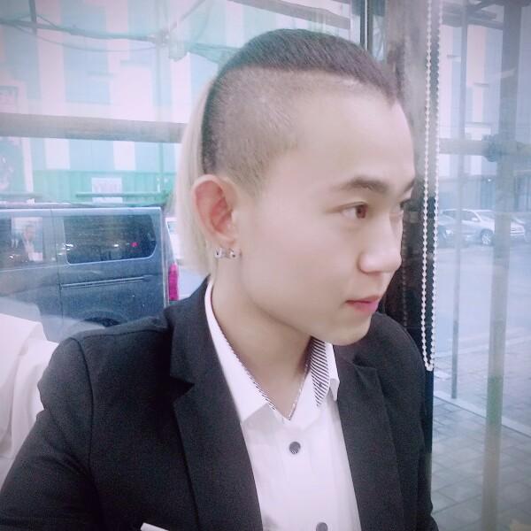张帅 最新采购和商业信息