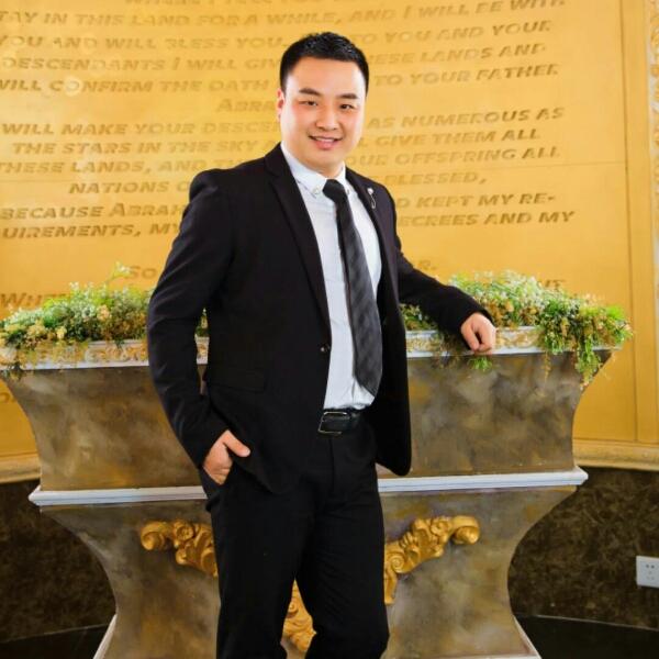 刘振 最新采购和商业信息