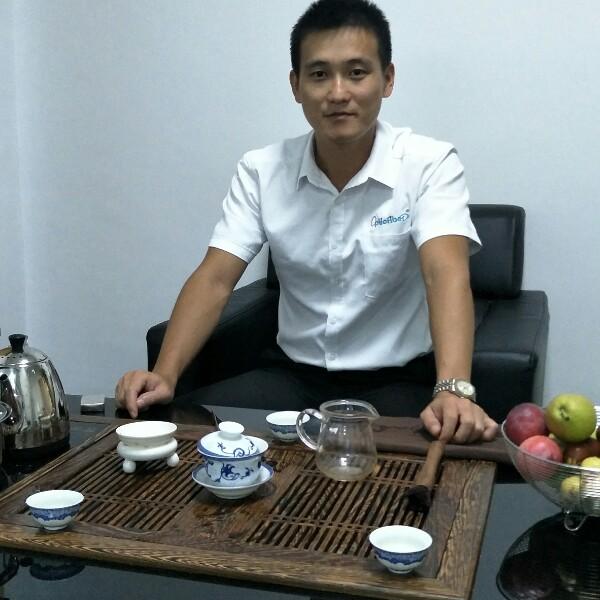 邓梓峰 最新采购和商业信息