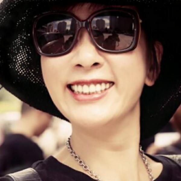 来自杨颖茜发布的采购信息:优质女装货源 优雅,休闲 风格。... - minimomo