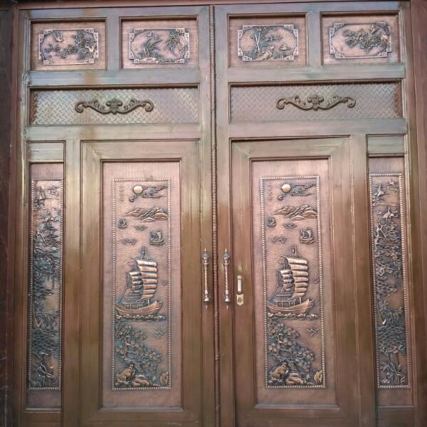来自李春元发布的采购信息:钢材;要求镀锌方管,厚度1mm,1.2m... - 隆阳区冠凯金属门窗制作部