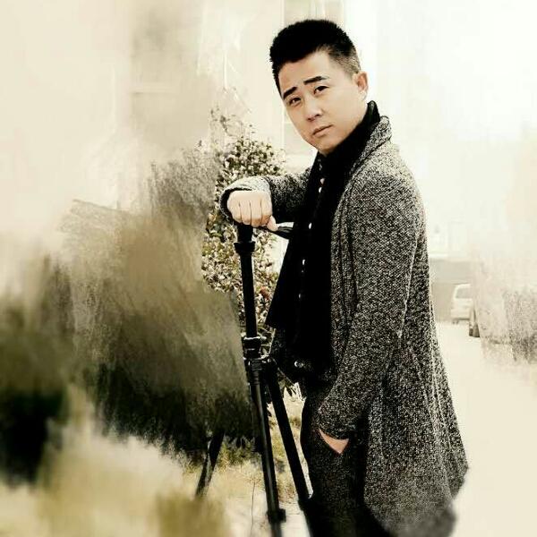 来自刘杰发布的商务合作信息:提供所有的合影拍摄和出售合影架,... - 金色童年儿童摄影
