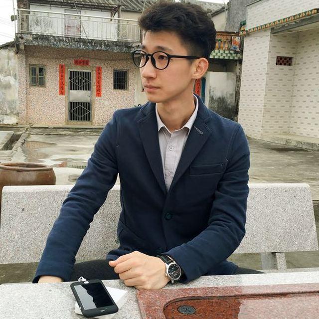 来自林**发布的供应信息:我是华邦云林嘉伟,公司股票代码:8320... - 广东华邦云计算股份有限公司